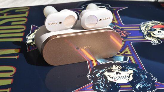 Sony WF-1000MX3 true wireless in-ears met case