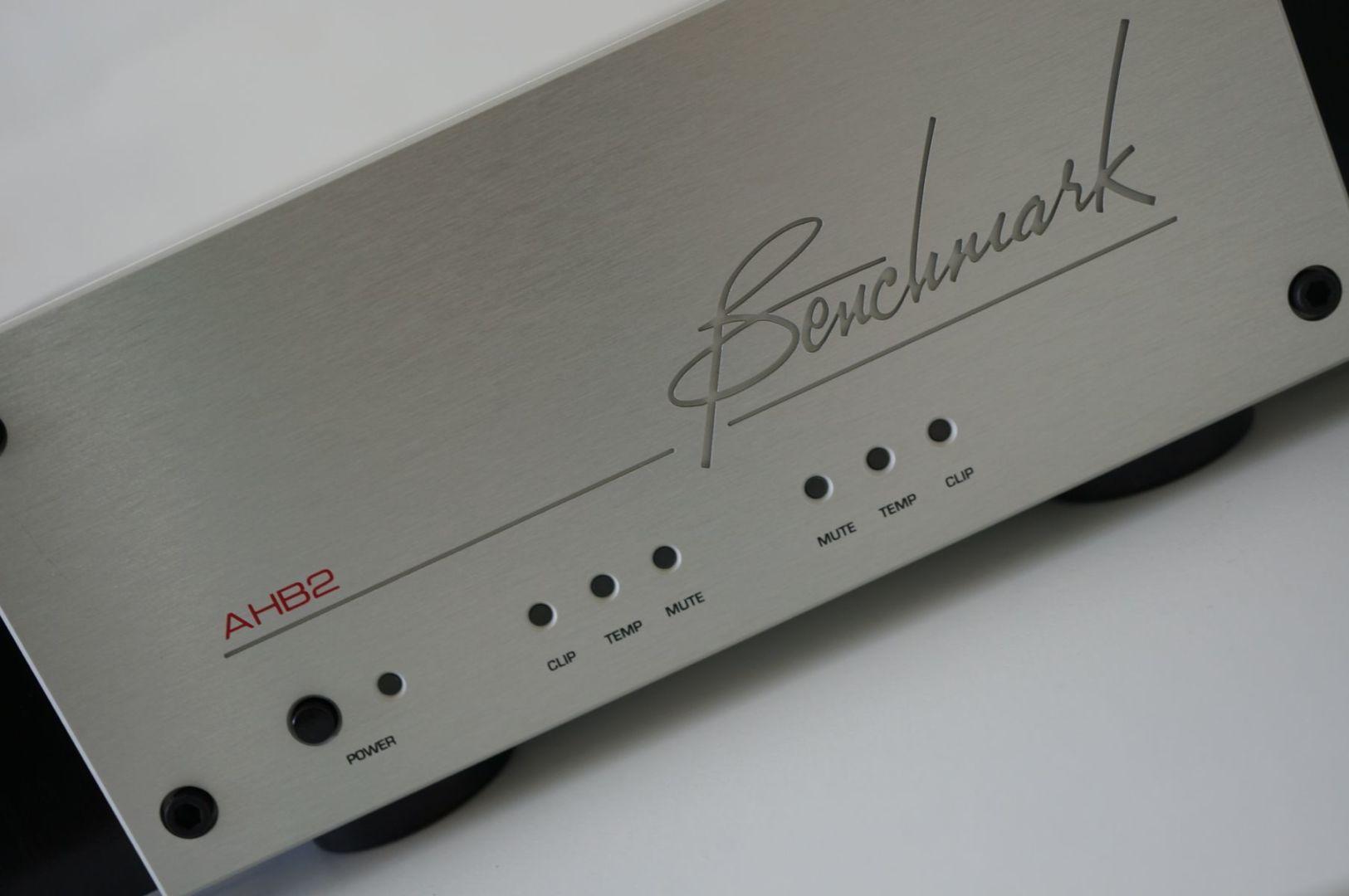 Benchmark AHB2